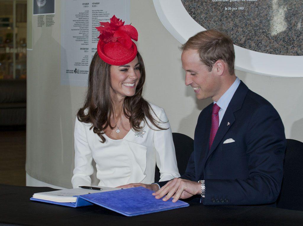 Visite de Leurs Altesses Royales le duc et la duchesse de Cambridge, le 1er juillet 2011. Musée canadien de l'histoire, IMG2011-0139-0115-Dm