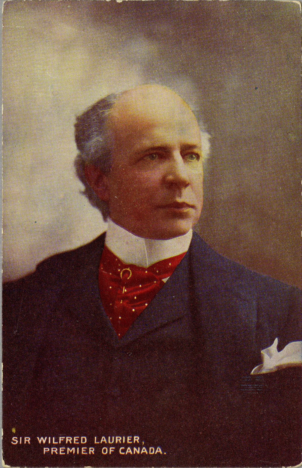 Hand-coloured postcard depicting Laurier, undated. Canadian Museum of History, 2012-H0040.75.001. Gift of Serge Joyal.