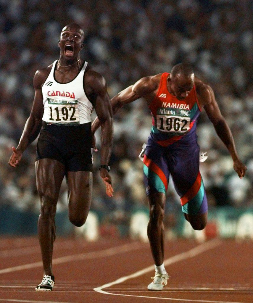 Donovan Bailey remporte l'or à la course de 100 mètres pour hommes aux Jeux olympiques de 1996 Doug Mills, Atlanta (Géorgie), 27 juillet 1996. Associated Press et La Presse canadienne, 96072701569
