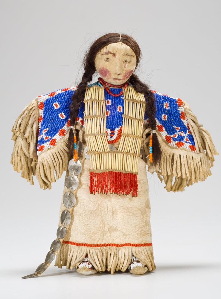 Poupée autochtone des Plaines