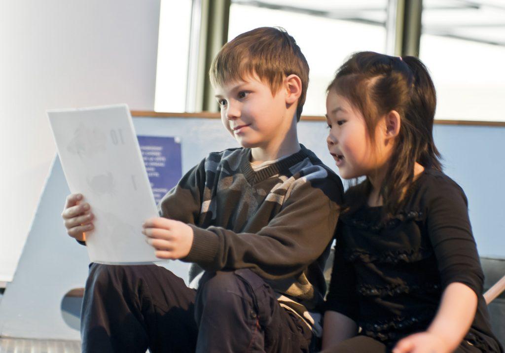 Des enfants au Musée de l'histoire