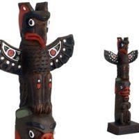 Totem Thunderbird-Bear pole:: Totem