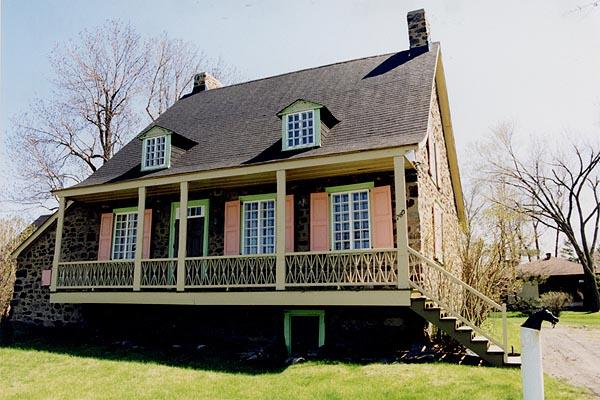 La maison nettie covey sharpe vue for Galerie de maison exterieur