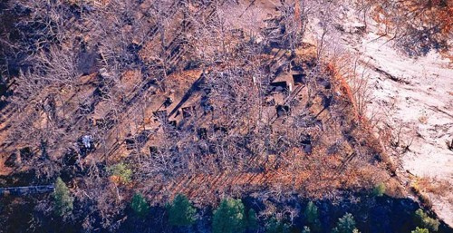 Vue aérienne des fouilles au site Cartier-Roberval