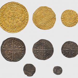 Huit pièces de monnaie, Angleterre et France, Années 1300