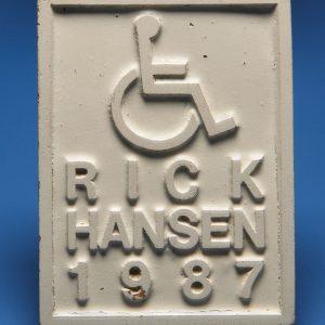 Sceau pour marquer les rampes d'accès en béton pour fauteuils roulants